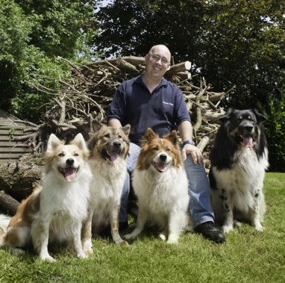 Hr. Jahn mit seinen Hunden